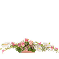 long arrangement in white and pink colours